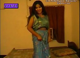 Boobs show nude mujra